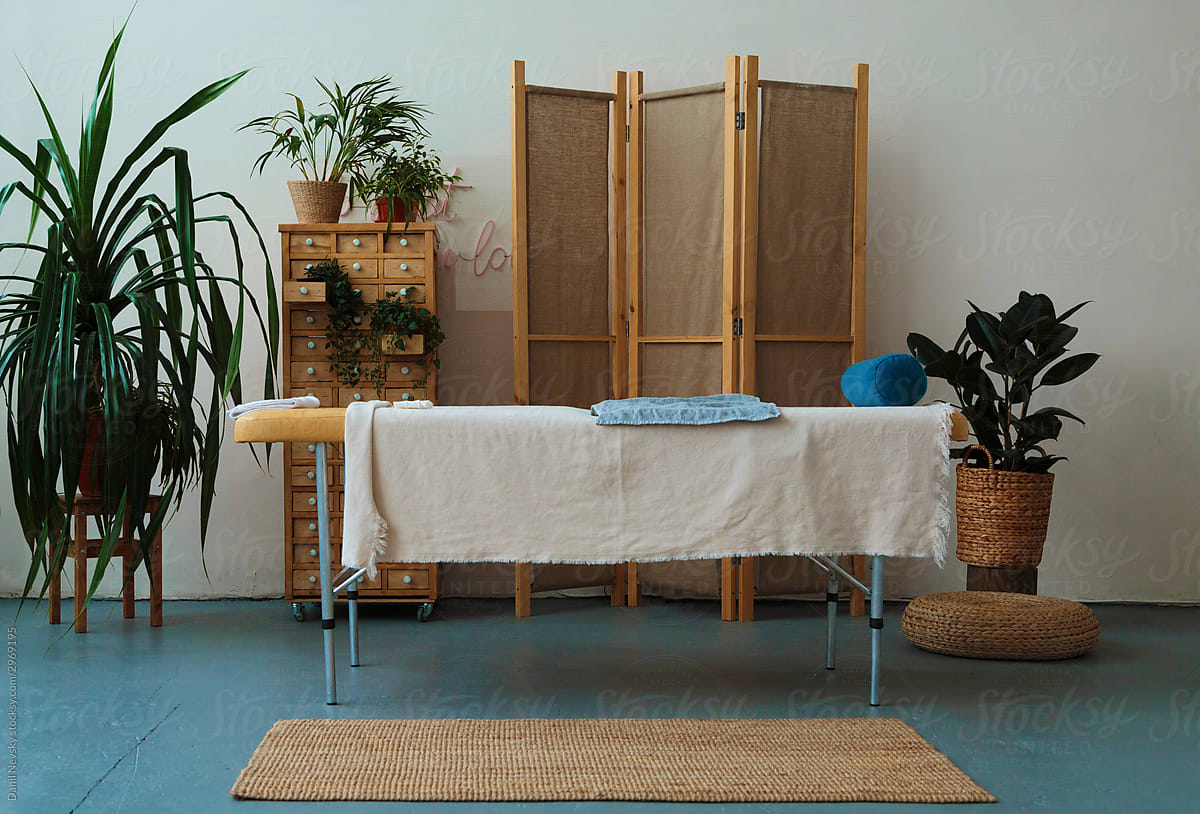 The benefits of functional medicine and complementary care massage therapy